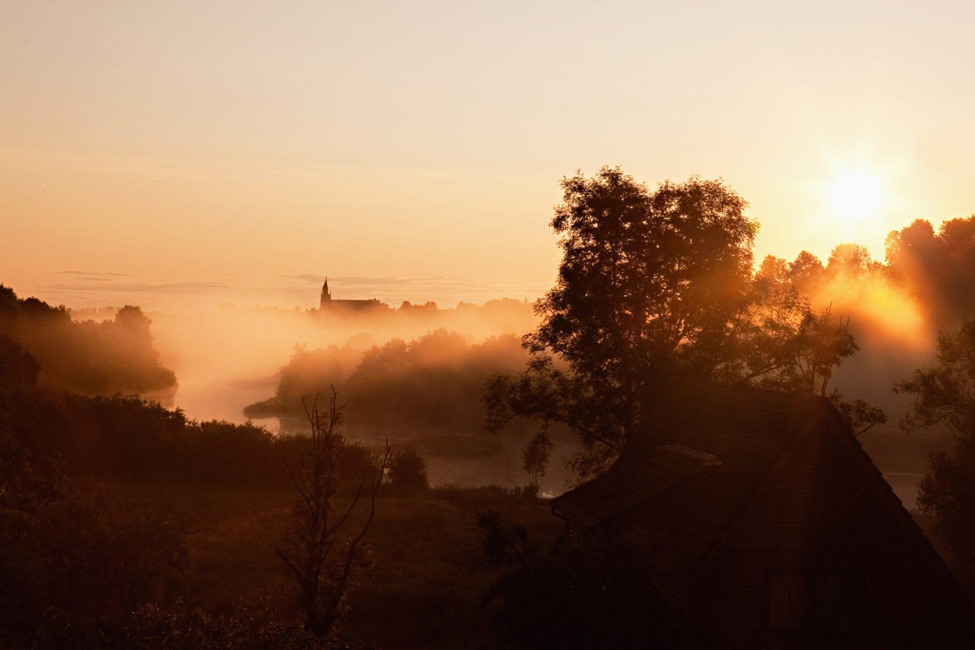 foggy ireland morning
